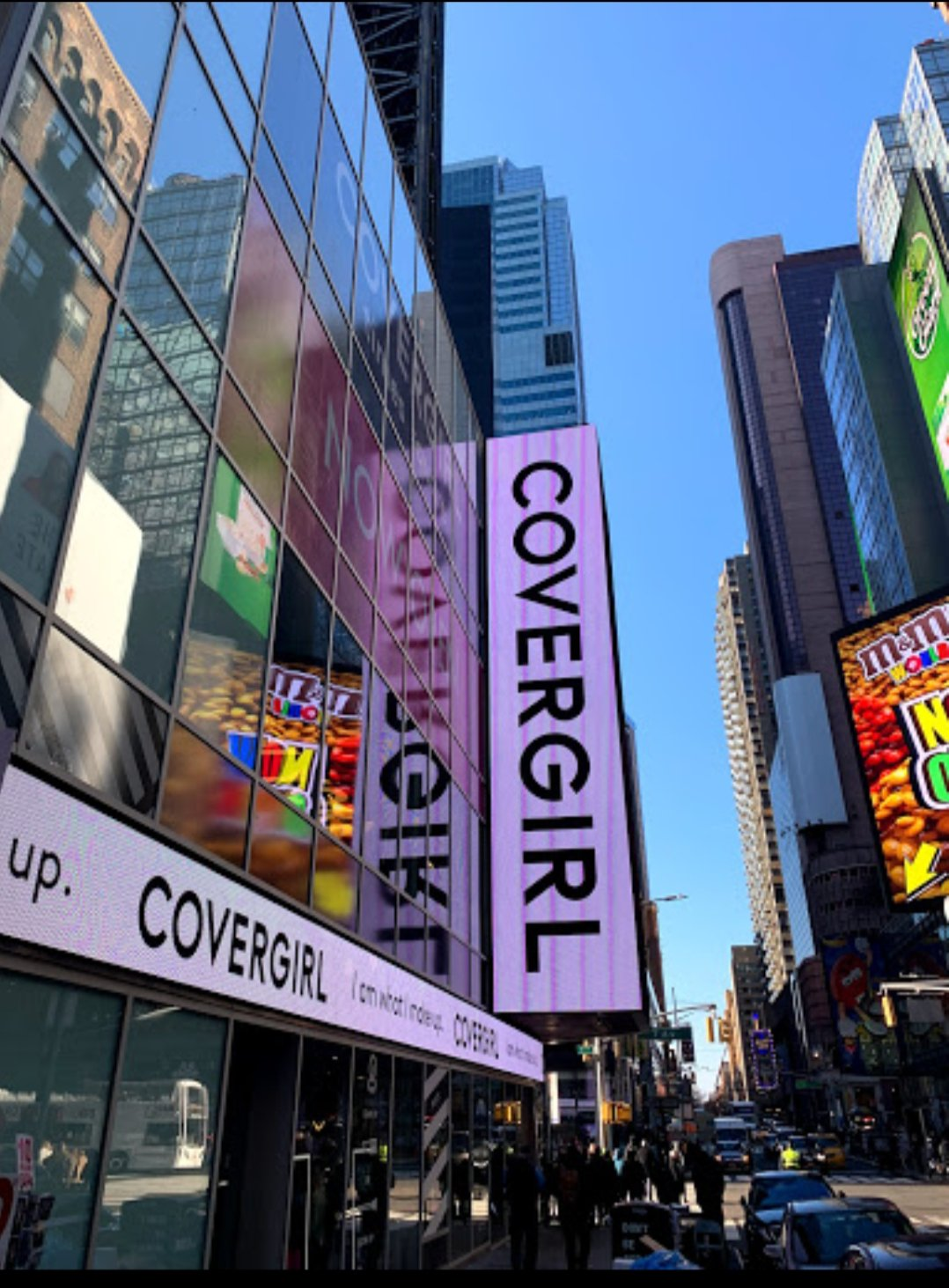 Covergirl launches flagship store in Times Square – The Fashion Goddess